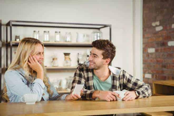Las 7 cosas que hacer si una chica te mira. - Post
