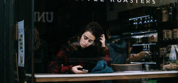 Como Textar A Una Chica - Hazla esperar para que sepa de ti
