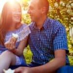 11 Gestos De Su Cuerpo Que Indican Que Le Gustas – Señales Secretas Que Reflejan Que Tú Le Atraes