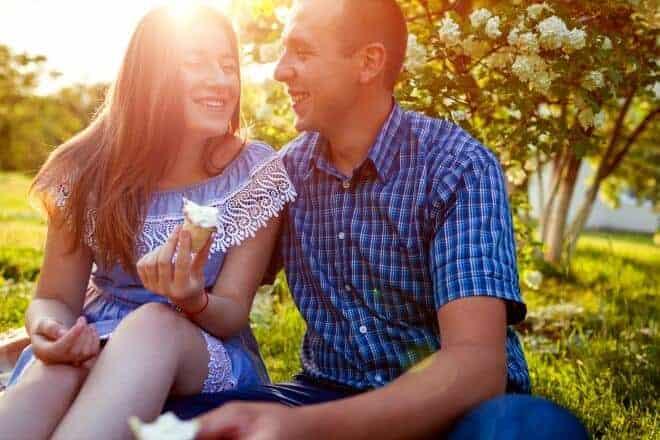 11 gestos de su cuerpo que indican que le gustas - Señales secretas que reflejan que tú le atraes - Post