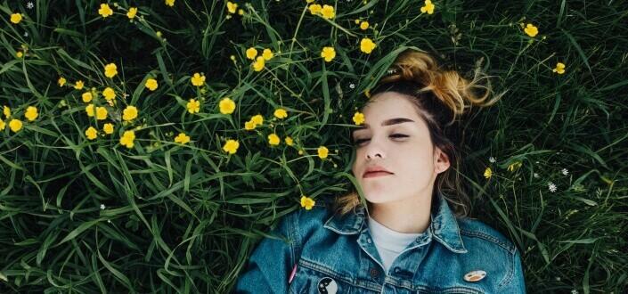 11 razones por las que no te ven como alguien atractivo - 2. La pones a dormir