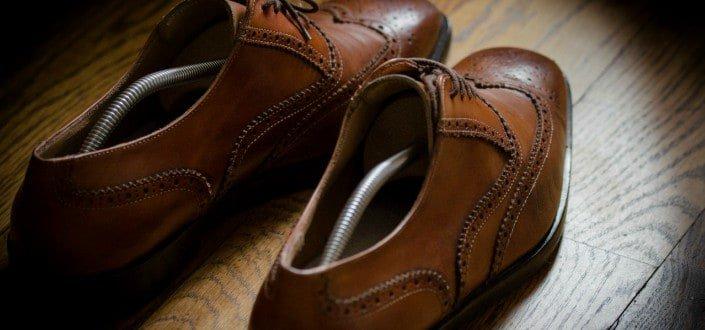 Artículos Básicos Que Atraen A Las Chicas Como Un Imán - 1 Zapatos duraderos