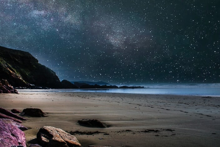 Frases De Amor-Se você quer saber o quanto eu te amo é simples_ multiplique as estrelas do céu pelas gotas dos oceanos.