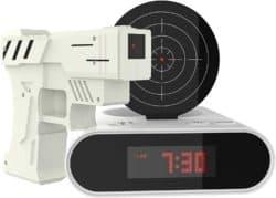 Reloj despertador de pistola