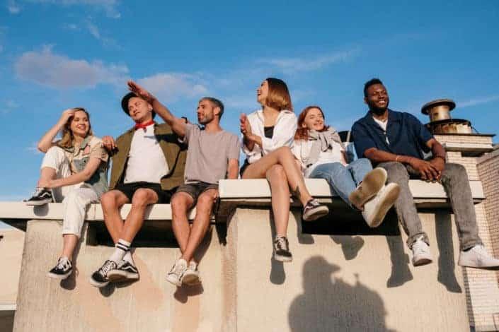 ¿Qué beneficio aportas al grupo cuando sales con amigos?.jpg