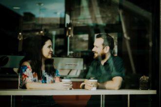 89 Excelentes Temas De Conversación – Inicia conversaciones y conexiones.