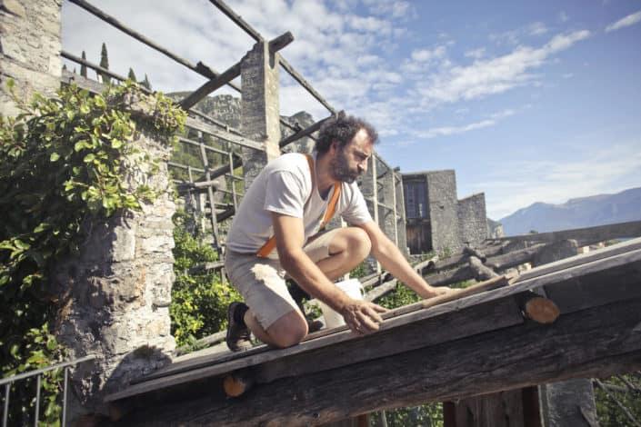 ¿Preferirías estar viajando por el mundo o construyendo una casa?.jpg