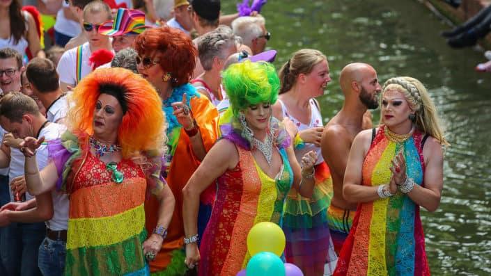 ¿Qué es lo más escandaloso que te has puesto en una fiesta de disfraces?.jpg